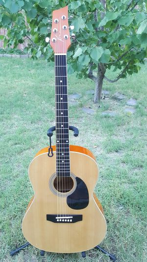 LIKE NEW KONA ACOUSTIC GUITAR FULL SIZE AMAZING SOUND for Sale in Las Vegas, NV