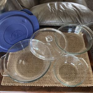 Glass Container With Glass And Storage Lids 5 Pc Set for Sale in Corona, CA