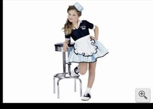 Girls waitress / dinner costume size 7/8 for Sale in San Diego, CA