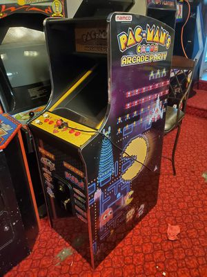 Pac mans arcade party 13 games cabaret sized for Sale in Portland, OR