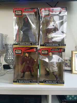 4 Star War collectibles statues for Sale in Queens, NY