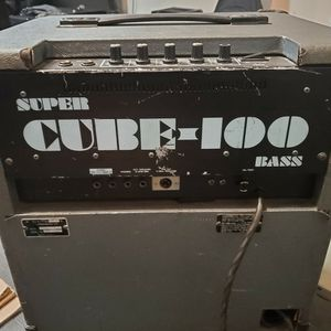 1984 Rare Roland Super Cube Bass Amp for Sale in Long Beach, CA