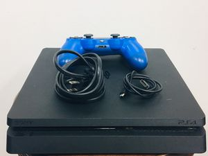 """Black """"SLIM"""" PS4 Video Game Console with remote and cables 1TB for Sale in Miami, FL"""