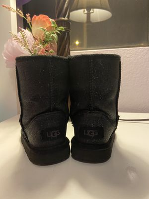 Uggs size 10 girl for Sale in Mesa, AZ