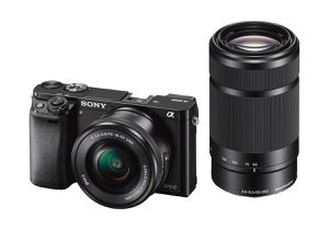 Sony Alpha A6000 for Sale in Hesperia, CA