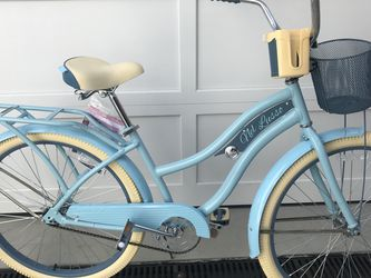 NEW BIKE!!! Women's Fully Loaded Beach Cruiser Bicycle for Sale in Hillsborough,  CA