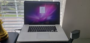 Macbook Pro 17 inch for Sale in Orlando, FL