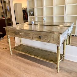 Vintage Entryway Console Table for Sale in Kirkland,  WA