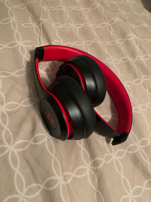 Solo beats wireless series 3 for Sale in Tallahassee, FL
