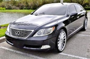 2OO7 Lexus LS450 L for Sale in Cedar Rapids, IA
