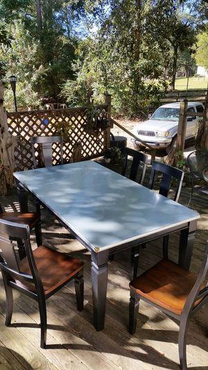 Dining table for Sale in Abita Springs, LA