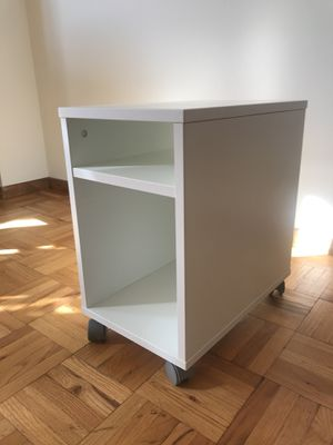 Bed side table/nightstand (2 for sale) for Sale in Washington, DC