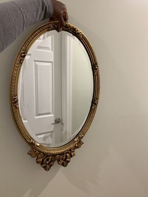 Antique mirror for Sale in Queens, NY