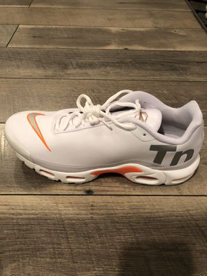 Nike Men's Air Max Plus TN SE Running Shoes Total Orange Size 11.5 AQ1088-100 for Sale in Lakewood, CA