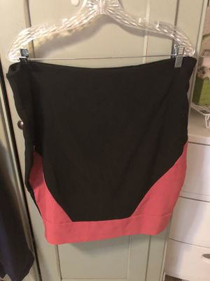 Dots Black Skirt with Pink, Size 16 for Sale in Lakeland, FL