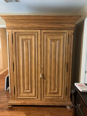 Beautiful Handcrafted Wardrobe for Sale in Austin, TX