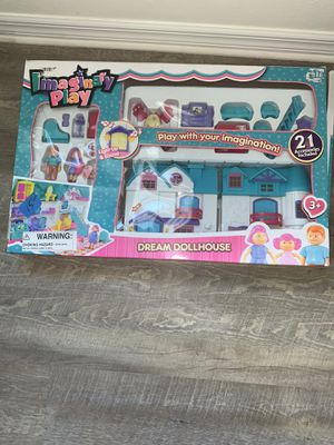 👍🏻 BRAND NEW IMAGINARY PLAY LIGHT UP DREAM DOLL HOUSE LITTLE GIRLS IMAGINATION TOYS for Sale in Naples, FL