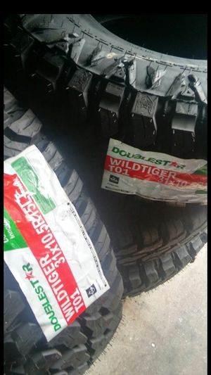 BRAND NEW SET OF TIRES 31 1050 15 for Sale in Phoenix, AZ