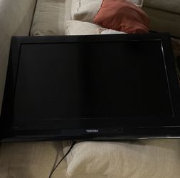 Toshiba TV for Gaming, Music, Cable, etc. for Sale in La Puente,  CA