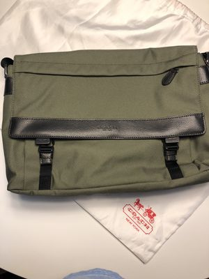 Coach Messenger Bag for Sale in San Diego, CA