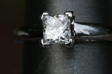 Princess Cut THE LEO Diamond Solitaire Wedding, Engagement Ring White Gold/Platinum VS1 .71ct H color for Sale in Seattle,  WA