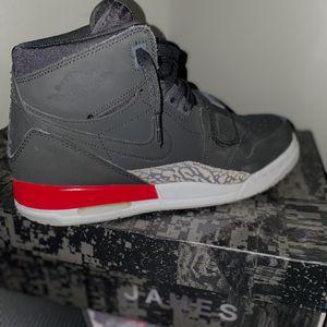 Jordan legacy 312 size 7 for Sale in West Linn, OR