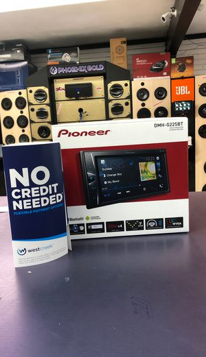 Pioneer DMH-225BT Stereo double din head unit for Sale in Carson, CA