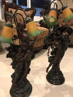 Lámparas statues antique for Sale in Miami Beach, FL