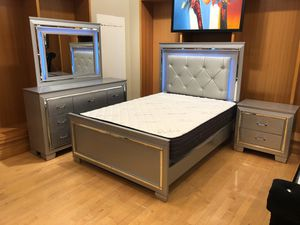 Queen size bedroom set for Sale in Dallas, TX
