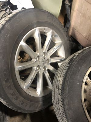Tire and wheel 2014 Lincoln MKX for Sale in Dearborn, MI