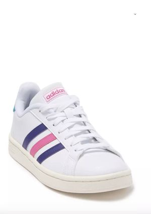 Adidas Grand. Court Sneakers size 8 for Sale in Cedar Hill, TX