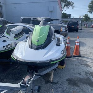 Yamaha EX jet Ski for Sale in Miami, FL
