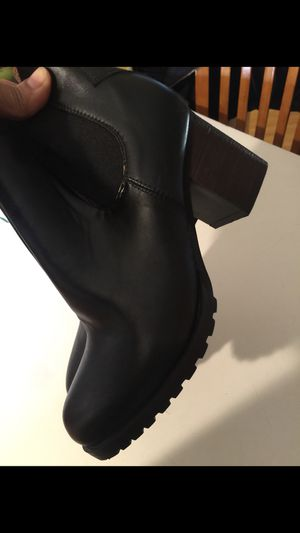 Boots size 6 for Sale in Phoenix, AZ