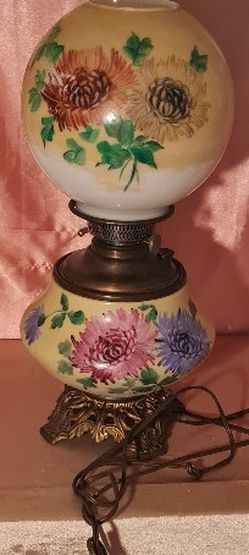 Antique Oil/electric Lamp for Sale in Round Rock,  TX