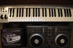 Music production bundle (Avid Pro tools Mbox, Keyboard controller & Dj Mixer/sampler) for Sale in Laurel, MD