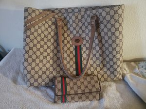 Gucci purse with wallet paid over 600 for Sale in Portland, OR