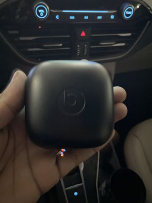 Power beats pro for Sale in Cleveland, OH