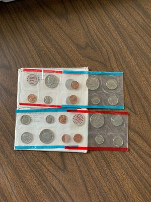 Coins 1971/1972 mint sets for Sale in Houston, PA