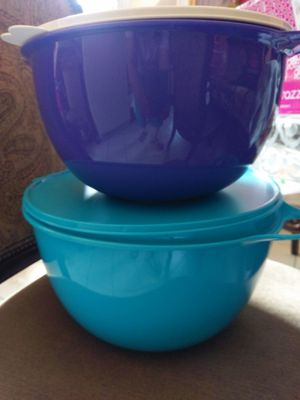 Bowls azul 14Ly Morado 10L for Sale in Mount Rainier, MD