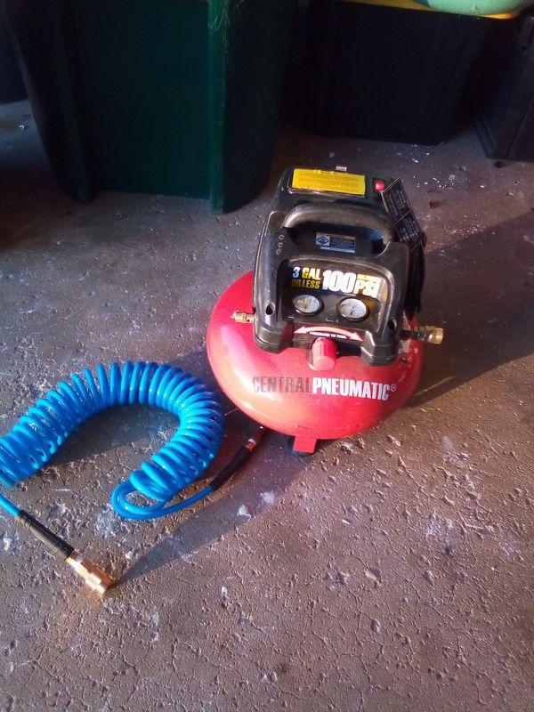 Sentral pneumatic 3 gallon 100 psi air compressor