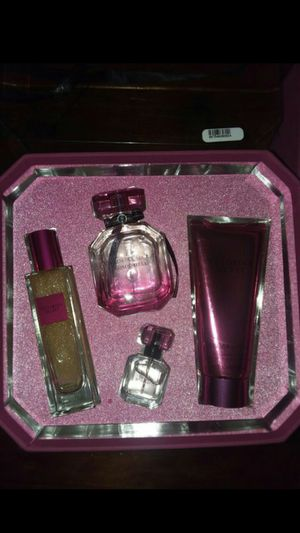 Victoria Secret giftsets for Sale in Cleveland, OH