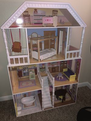 Doll house for Sale in Garland, TX