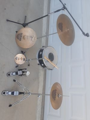 SABIAN B8 package. for Sale in Lancaster, CA