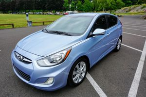 2013 Hyundai Accent SE Hatchback Low miles for Sale in Portland, OR