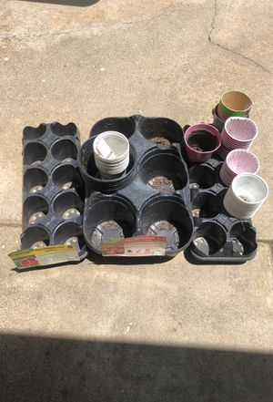 Free Pots and trays for Sale in Claremont, CA