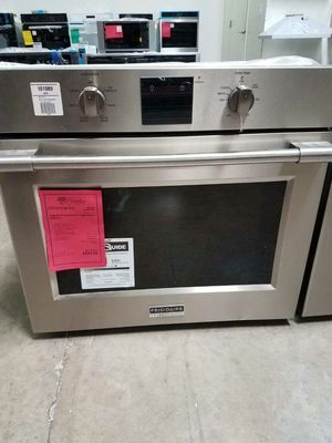 NEW Frigidaire Professional Wall Oven 1yr Manufacturers Warranty for Sale in Gilbert, AZ