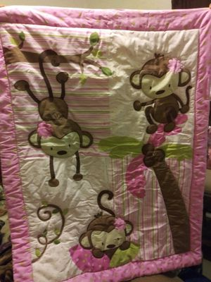 Crib or Toddler Bed Set for Sale in San Antonio, TX
