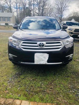 2013 TOYOTA highlander limited for Sale in Richmond, VA