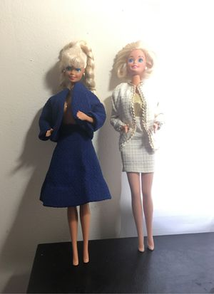 TWO VINTAGE BARBIE DOLLS for Sale in Baltimore, MD