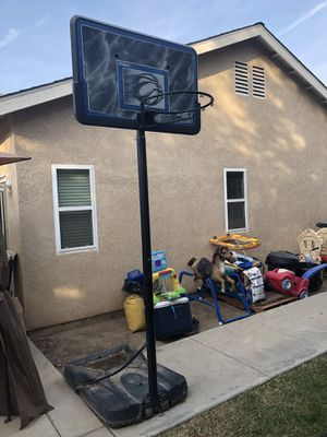 Basketball hoop for Sale in Fresno, CA